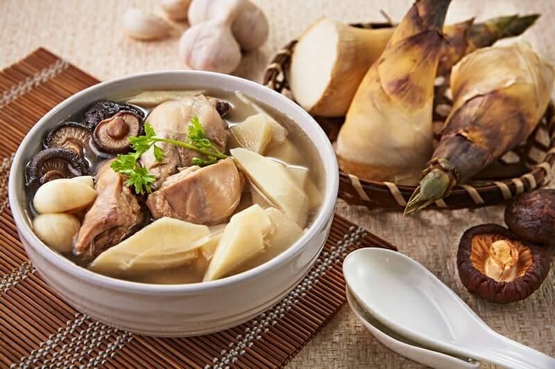 聰明莉膳師「鮮筍香菇雞湯」